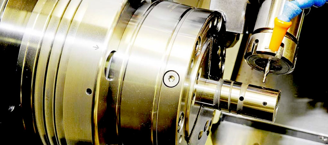 TURNING: the turning department includes traditional installations, numerical control systems with automatic loading and motorized heads.